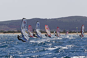 Quentel leads the fleet in race five final