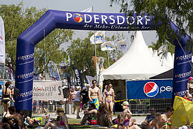 Podersdorf open for business