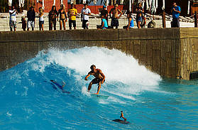 Klaas Voget at the wave pool