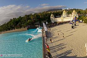 Wave pool action