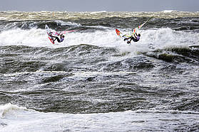 Dunkerbeck and Naish take on wild Sylt conditions