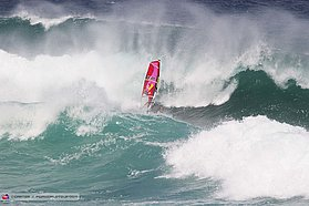 Robby Naish sailing lanes