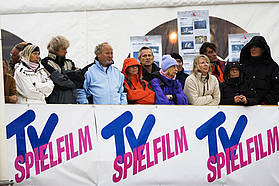 Through thick and thin the Sylt crowds check out the action