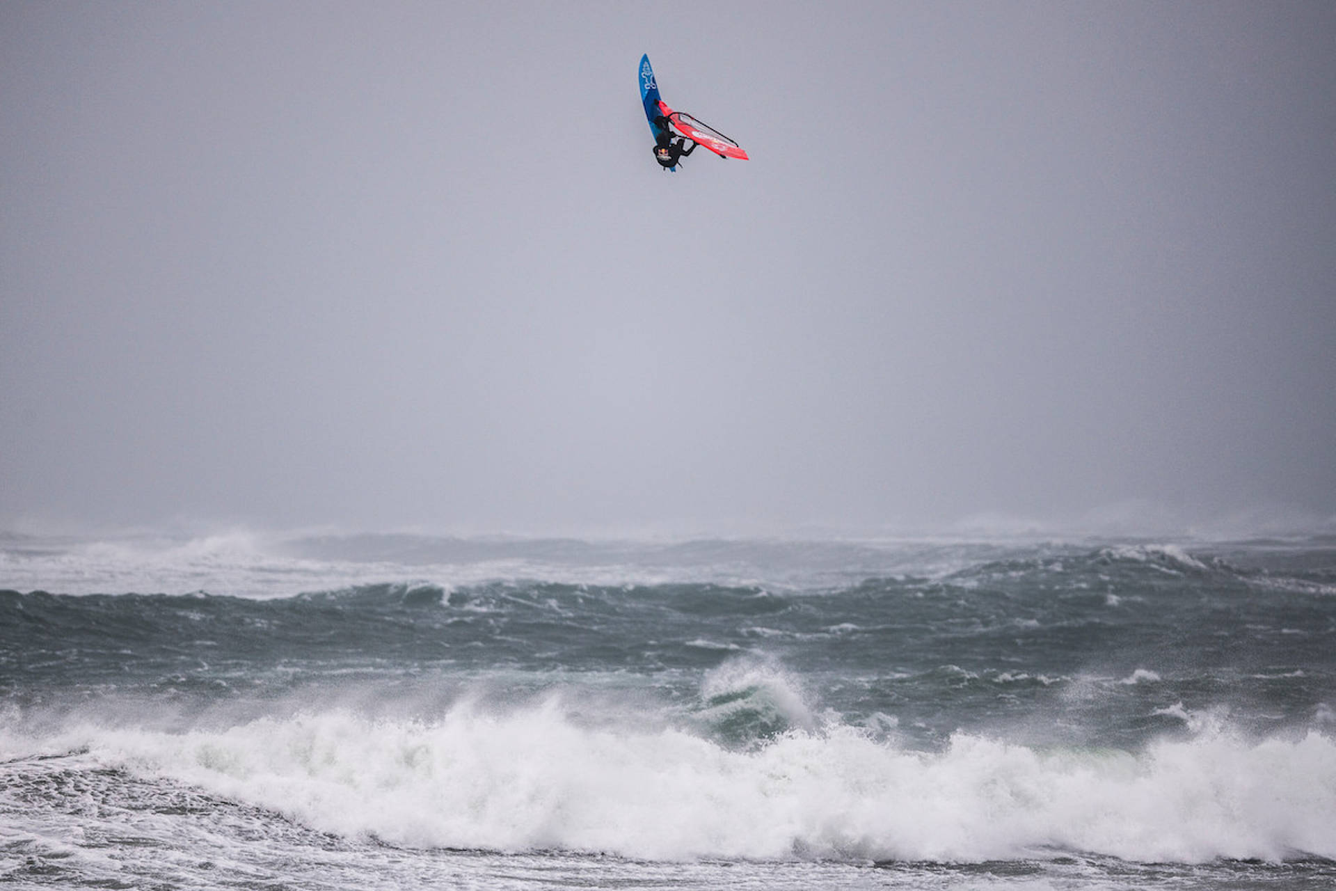 PWA WORLD WINDSURFING TOUR: Red Bull Storm Chase 2019