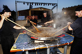 Paella for the sailors