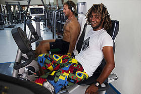 Boujmaa and Swifty in the gymn