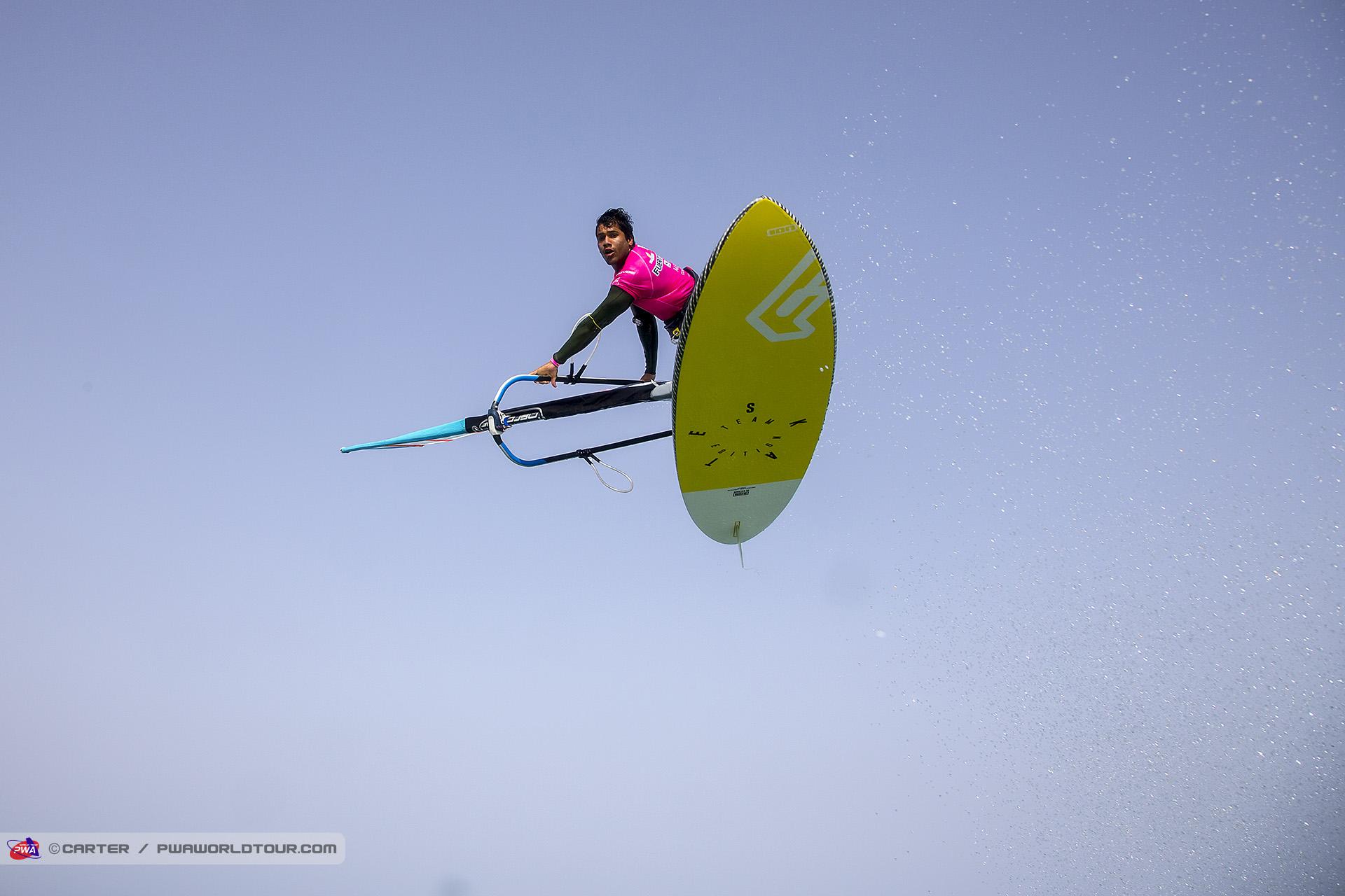 FV17_fs_Estredo_Flying_high.jpg