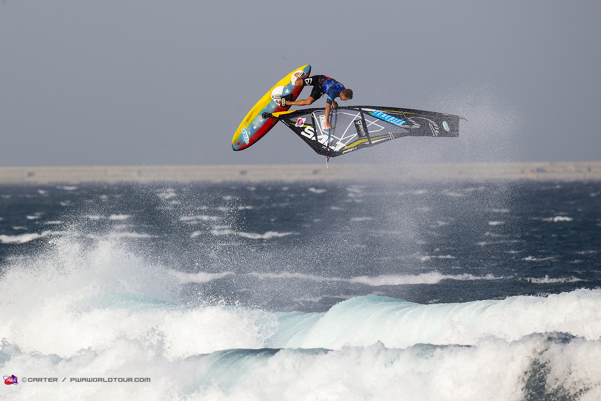 TF17_wv_Campello_flying.jpg