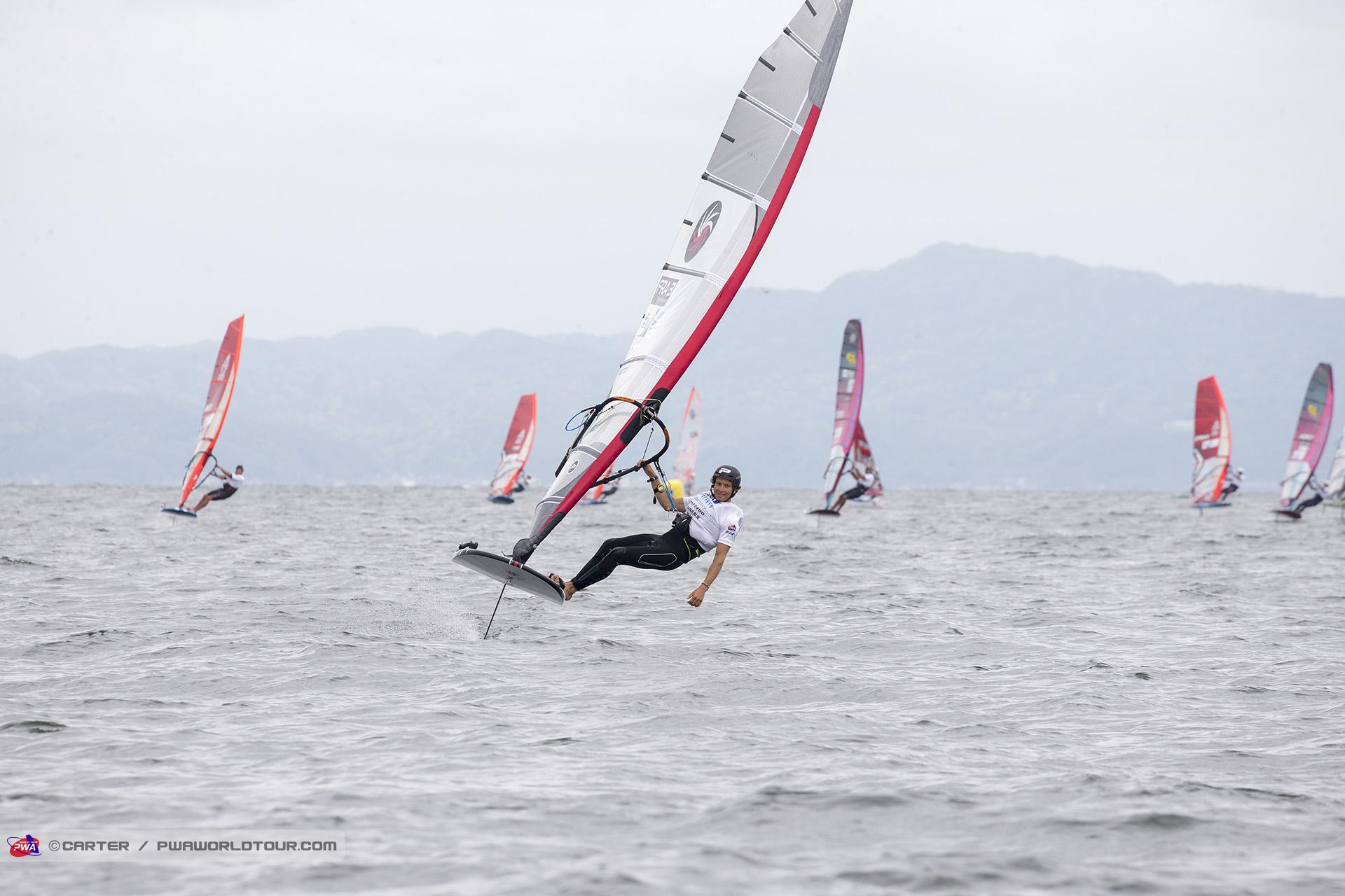 JP19_fl_Goyard_cruising.jpg