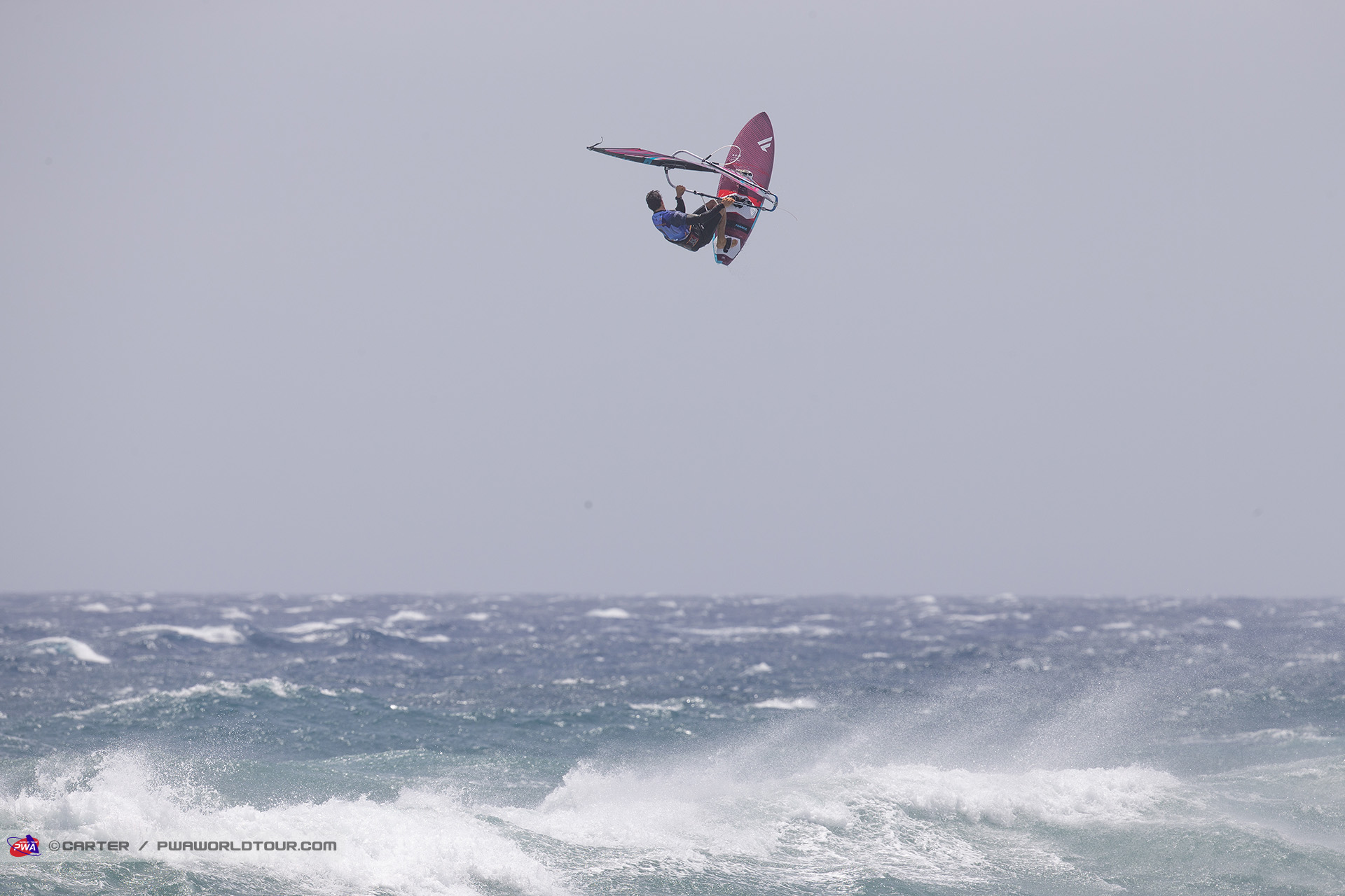 GC19_wv_Fernandez_flying_high.jpg